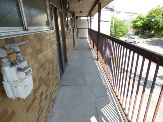 玄関玄関周りも余裕のある広さ。