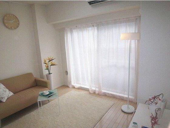 洋室6.7帖の居室