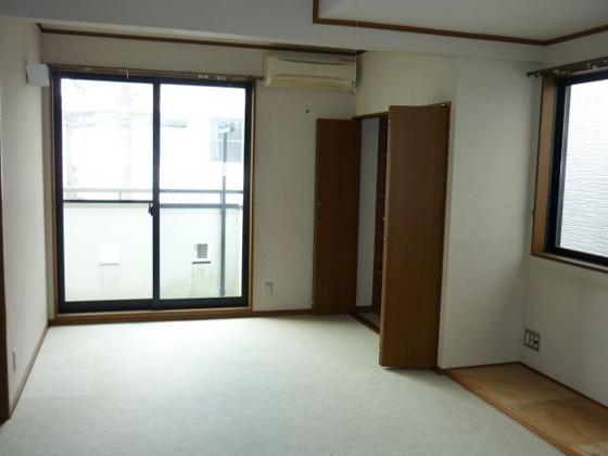 洋室2階(11帖)