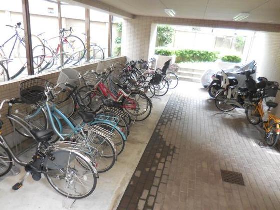 共有部分駐輪場・バイク置き場