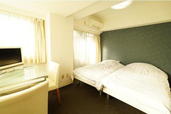 居間二面採光の居室