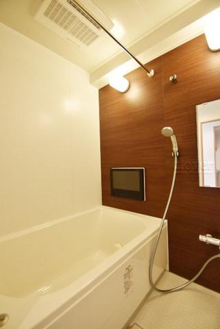 浴室バスルーム 追炊き機能付 浴室乾燥機付
