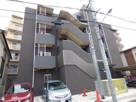その他尼崎市稲葉荘1丁目にございます。