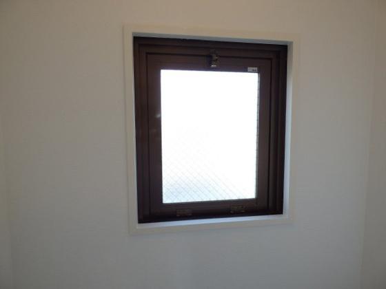 その他トイレに窓があります。