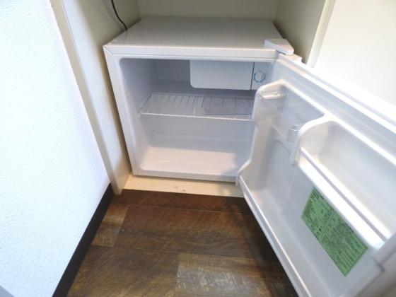 その他ミニ冷蔵庫も付いています。