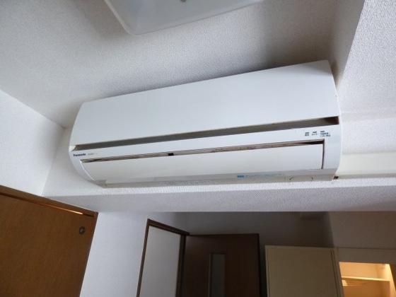 設備エアコンも付いて1年中快適。