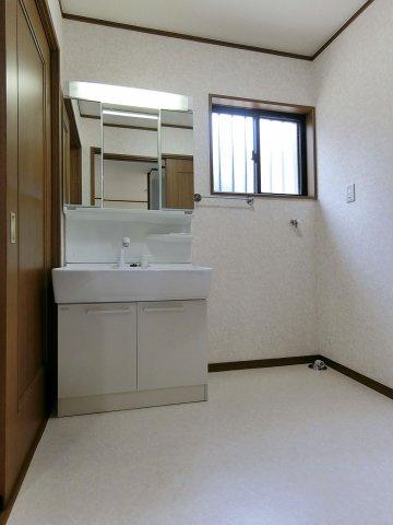 独立洗面台シャワー付き三面鏡洗面化粧台(新品)