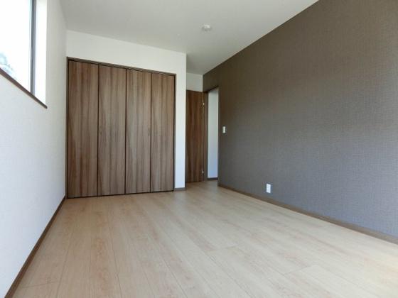 洋室2階洋室の収納もしっかり完備