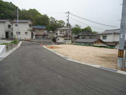 前面道路含む現地写真フラット35S対応・駐車2台可 JR広駅まで徒歩12分