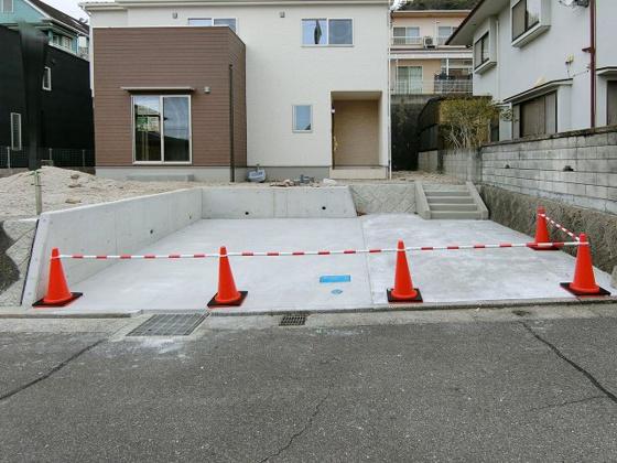 駐車場駐車並列2台可