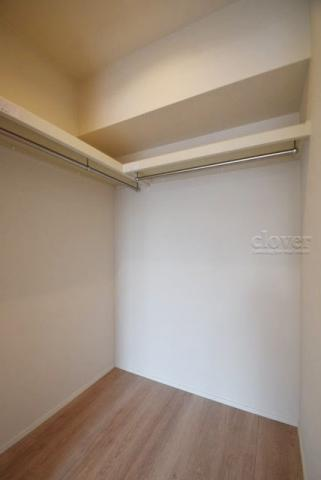 収納洋室2 ウォークインクローゼット