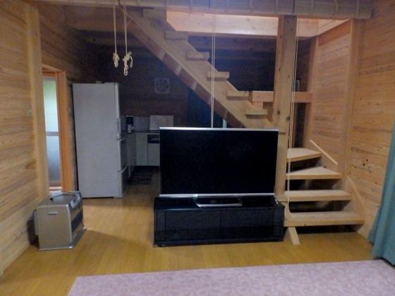 居間リビング階段のある14.5帖のLDK