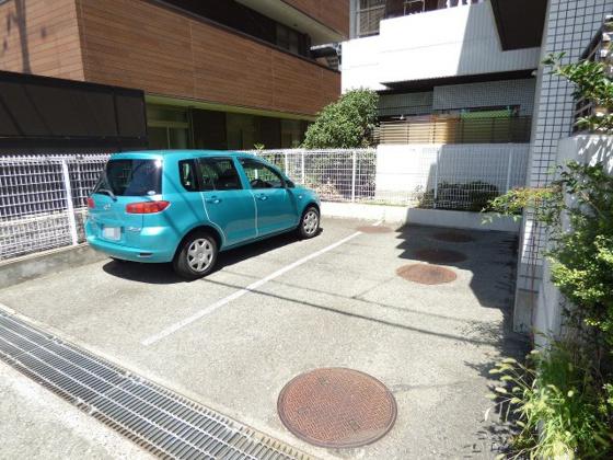 その他敷地内の駐車場です。