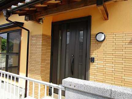 玄関リフォーム済・敷地面積広々60坪 JR戸坂駅まで徒歩5分