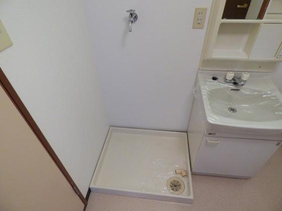 共有部分洗濯機は脱衣所に設置可能です。