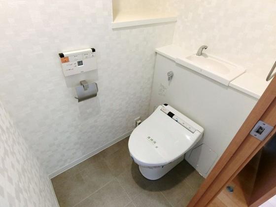 トイレゆったりサイズのトイレスペース