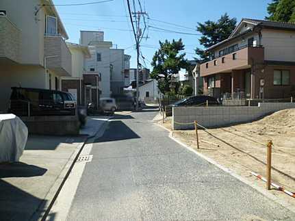 前面道路含む現地写真豊富な収納スペースで家中スッキリ♪ LDKは広々19帖♪ゆとりの空間