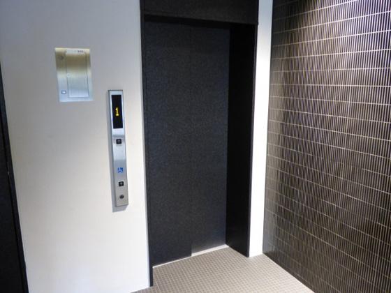 その他エレベーターで移動もらくらく。