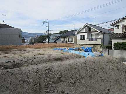 外観建築条件無し 敷地面積ゆとりの85坪