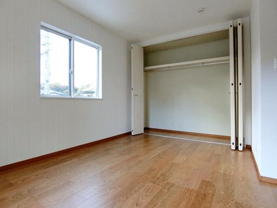 洋室2階洋室も収納充実