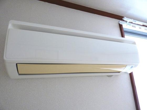 収納キッチン上部にある便利な収納。