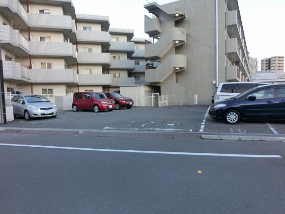 駐車場敷地内駐車場空きあり 11,880円