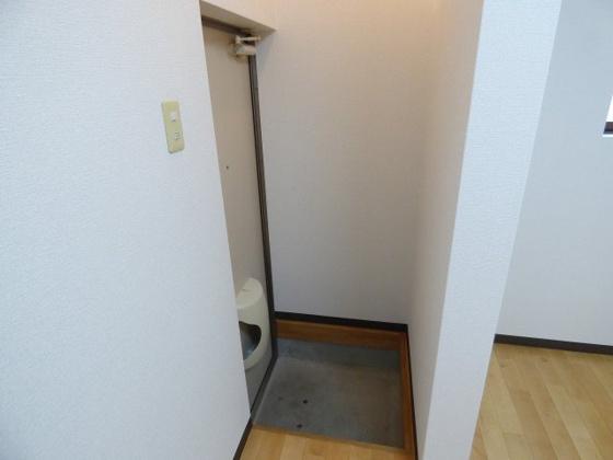 玄関玄関周りはすっきりシンプル。