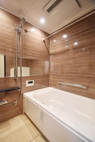 浴室バスルーム 浴室暖房乾燥機能付き