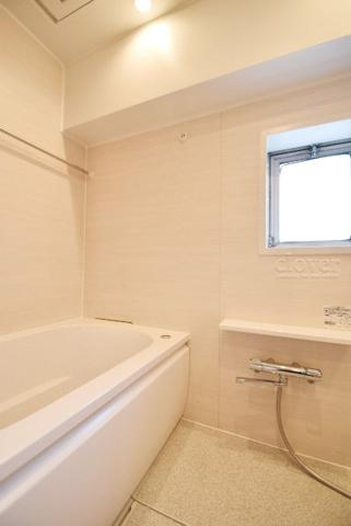 浴室バスルーム 浴室乾燥機付き 窓付き