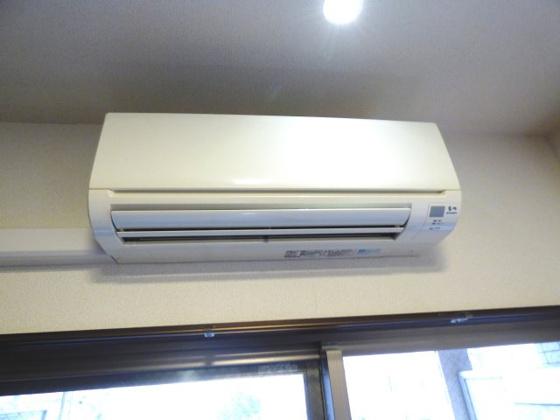その他毎日快適なエアコンも完備。
