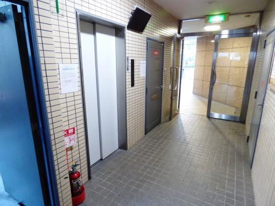 その他移動も楽ちんのエレベーター。