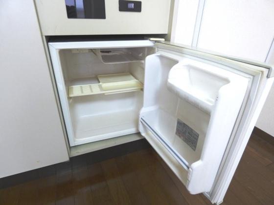その他あると助かるミニ冷蔵庫。