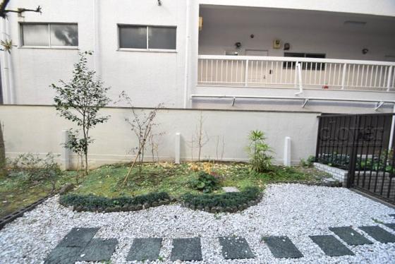 展望バルコニーからの眺望 専用庭