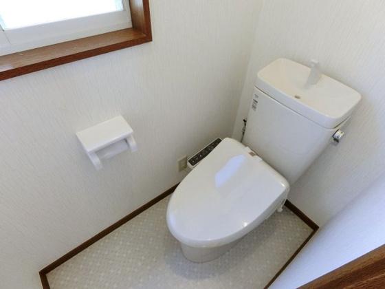 トイレ温水洗浄機能付きのトイレ(新品)
