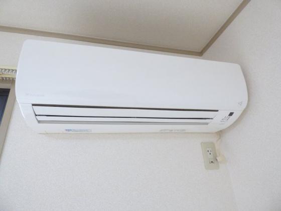 設備エアコン完備で毎日快適ですね。