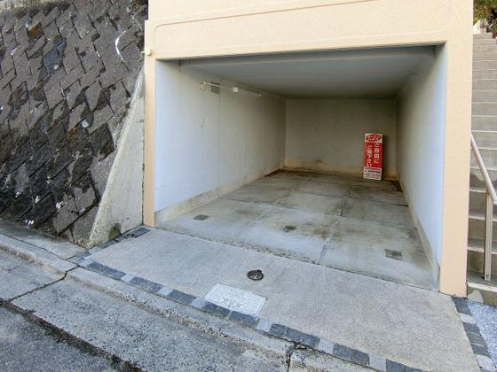 駐車場雨の日も安心の堀込車庫 近隣に2台目駐車場確保済(月3,086円)