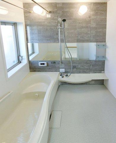 浴室ワイド幅の広々バスルーム