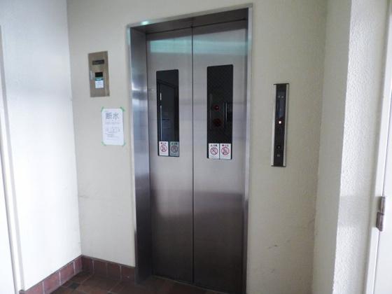 その他エレベーターで移動も楽ちん。