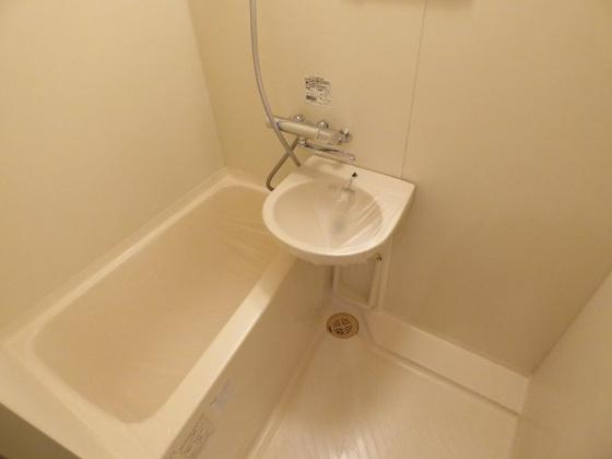 浴室1日の疲れをリフレッシュ。