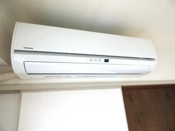 設備毎日快適に過ごせるエアコン。