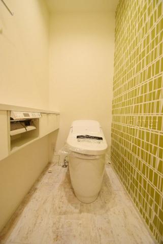 トイレトイレ ウォシュレット付
