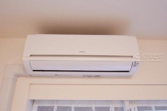 内装エアコン付