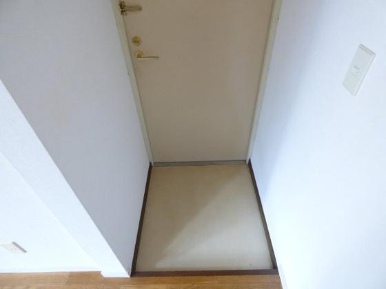 その他玄関はシンプルなのがいいですね。