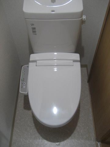 トイレ※写真は以前のものです。最新のものは近日中に掲載いたします。