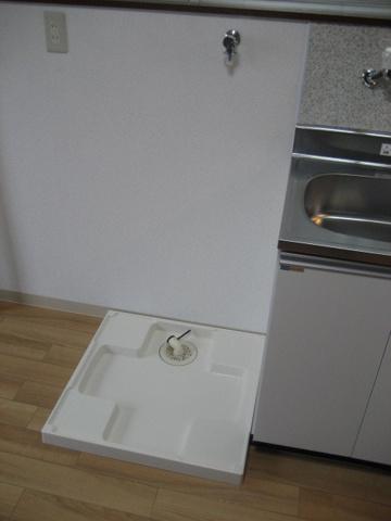 設備室内洗濯機置き場 ※写真は以前のものです。最新のものは近日中に掲載いたします。