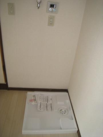 設備室内洗濯機置き場