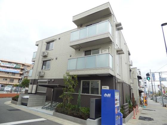その他尼崎市杭瀬南新町4丁目にございます。