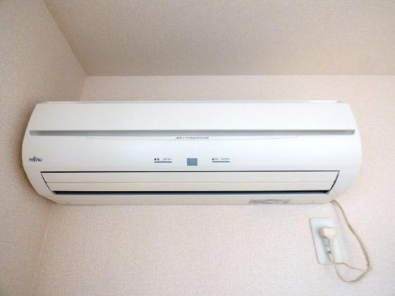 その他1年中快適なエアコン完備。