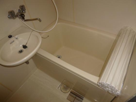 浴室鏡つき棚