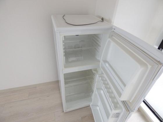 その他2ドア冷蔵庫付きです。